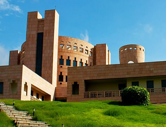 ISB Hyderabad MBA Eligibility